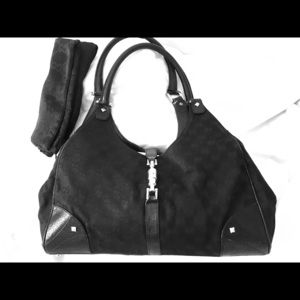 "Gucci ""Jackie O"" GG Hobo purse"